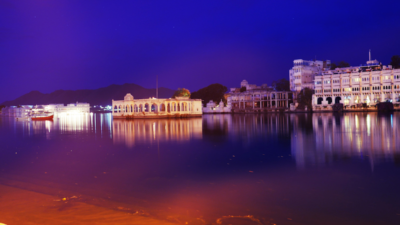 photo udaipur de nuit